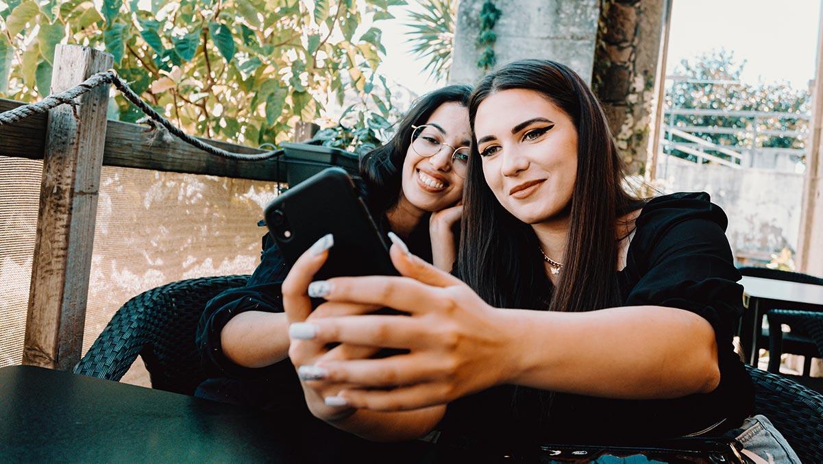 two women selfie